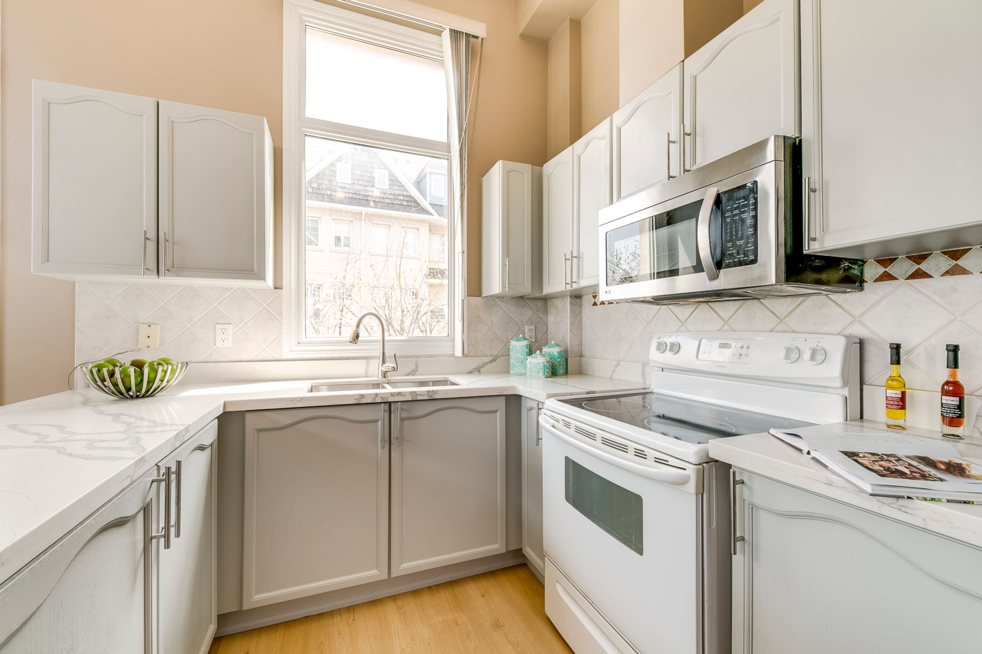 Kitchen - 7 - 840 Dundas St W, Mississauga - Elite3 & Team at 7 - 840 Dundas Street W, Erindale, Mississauga