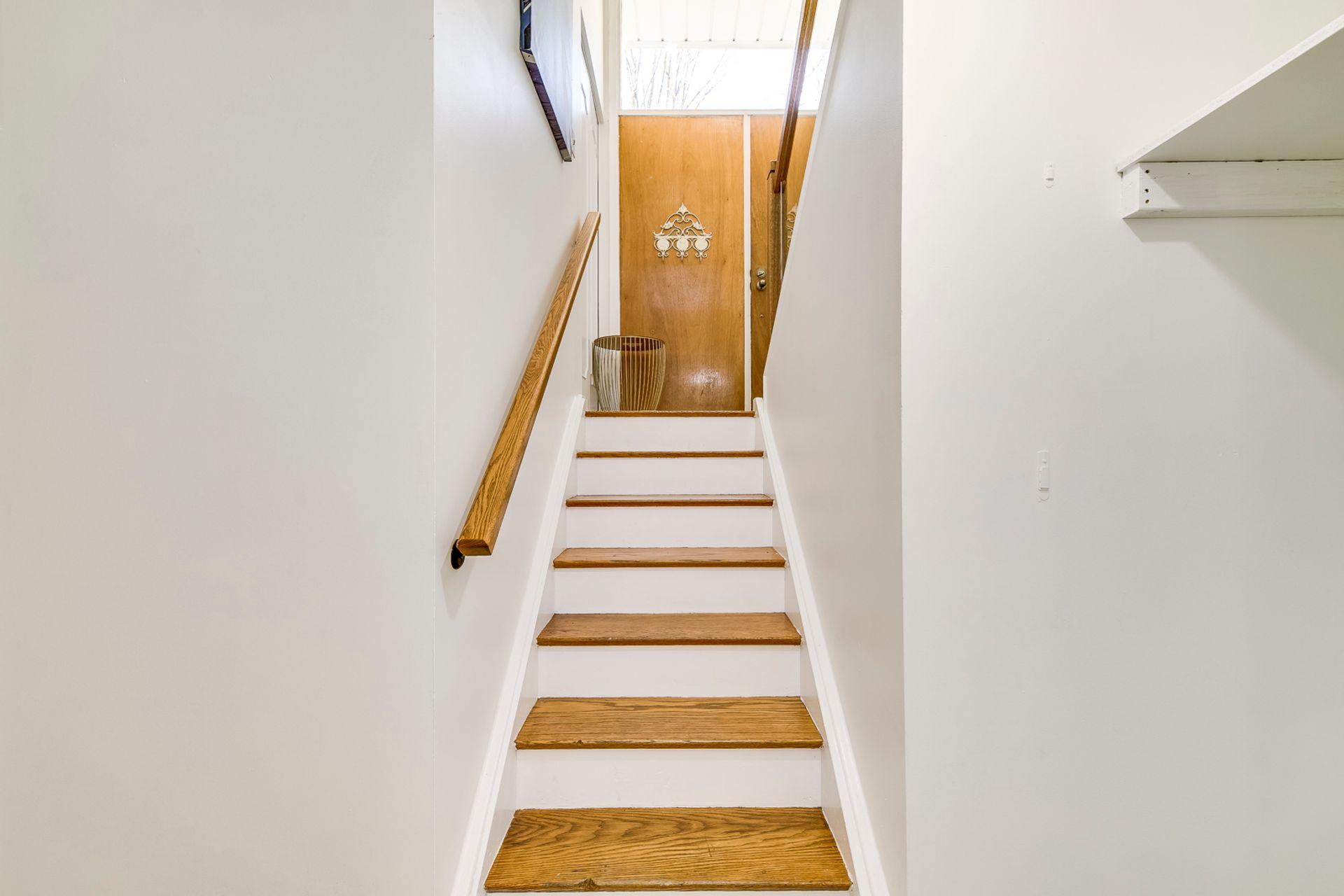 Stairs -1247 Kensington Park Rd, Oakville - Elite3 & Team at 1247 Kensington Park Road, Iroquois Ridge South, Oakville