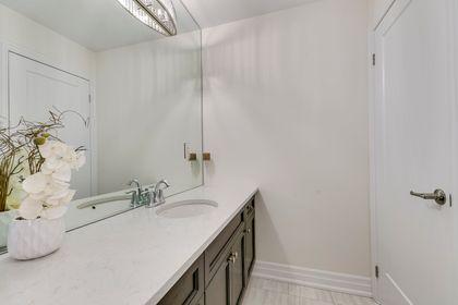 Main Bathroom - 138 Kaitting Trail, Oakville - Elite3 & Team at 138 Kaitting Trail, Rural Oakville, Oakville