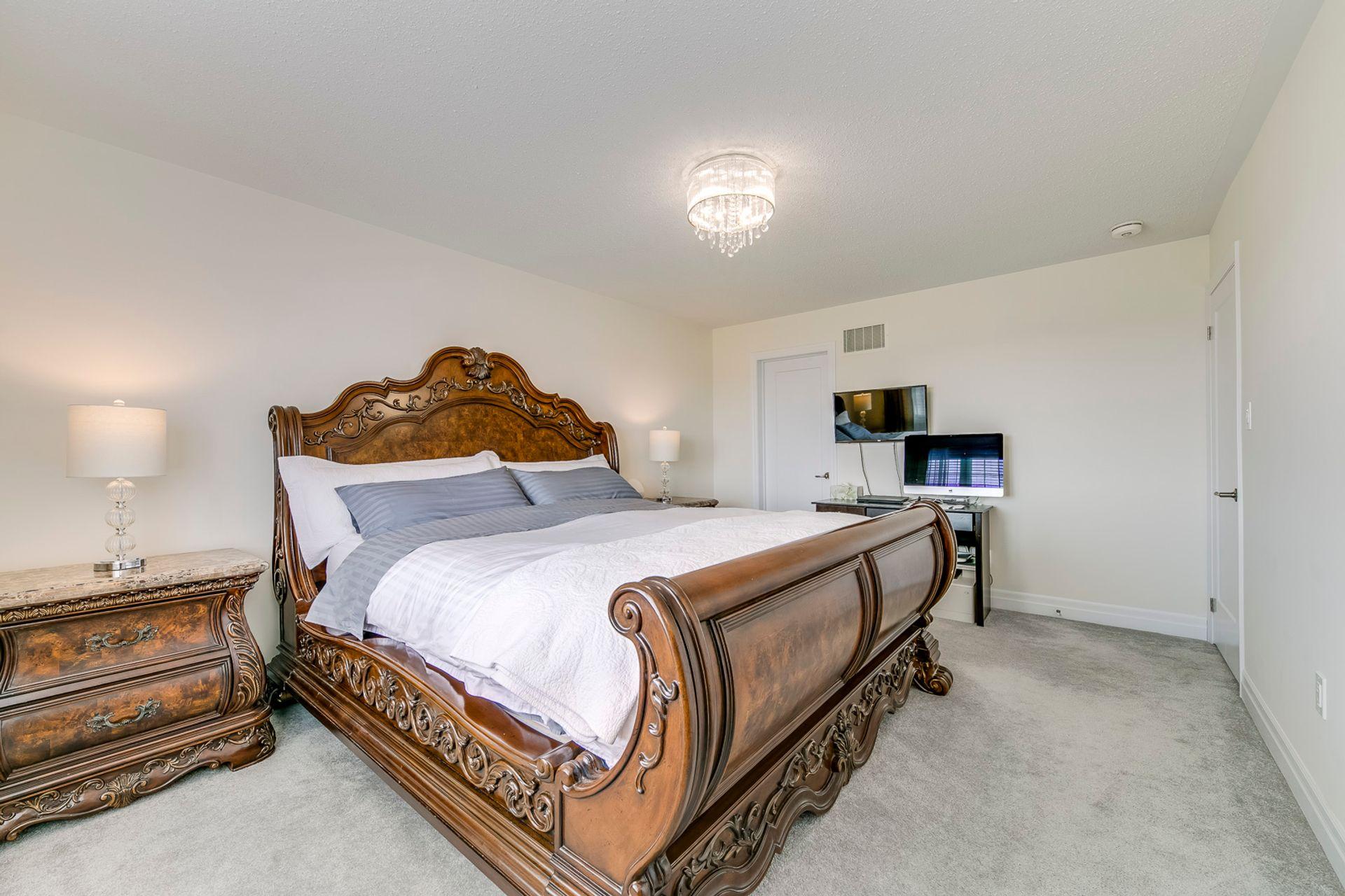 Master Bedroom - 138 Kaitting Trail, Oakville - Elite3 & Team at 138 Kaitting Trail, Rural Oakville, Oakville