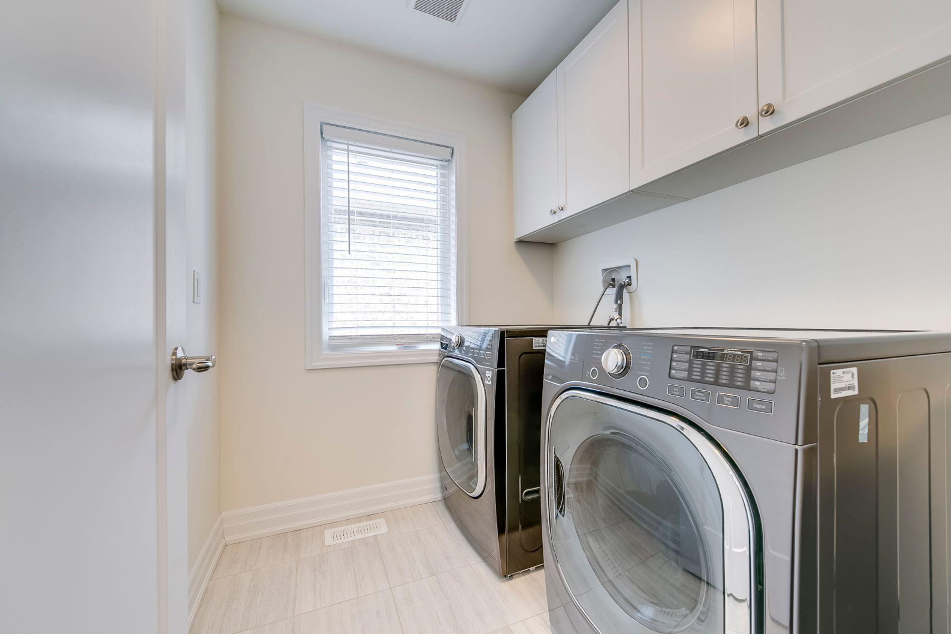 Laundry Room - 138 Kaitting Trail, Oakville - Elite3 & Team at 138 Kaitting Trail, Rural Oakville, Oakville