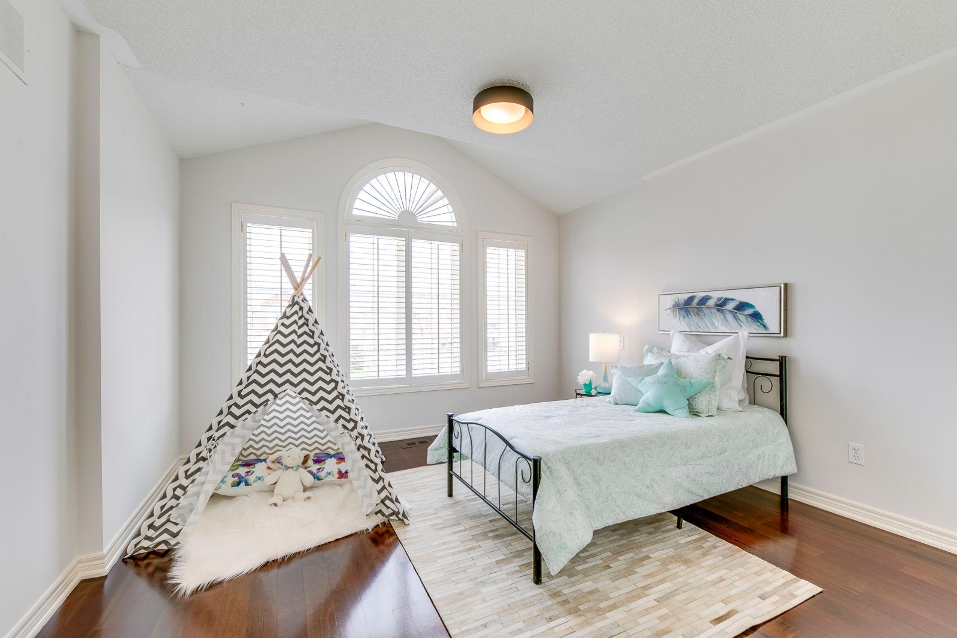 3rd Bedroom - 2487 Bon Echo Dr, Oakville - Elite3 & Team at 2487 Bon Echo Drive, Iroquois Ridge North, Oakville