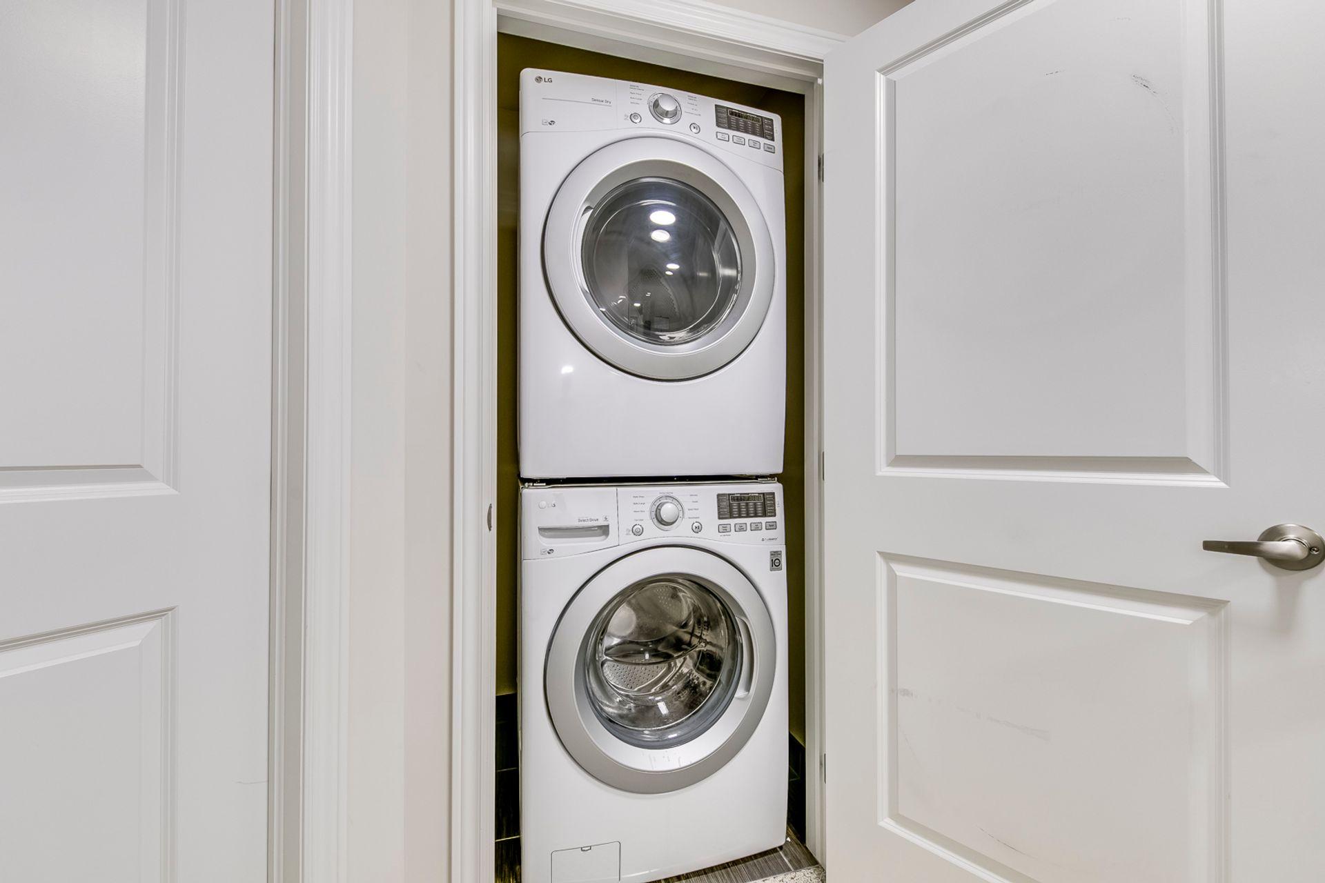 Laundry - 2359 Natasha Circ, Oakville - Elite3 & Team at 2359 Natasha Circle, Palermo West, Oakville
