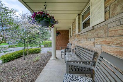 Front Porch - 2275 Daffodil Court, Oakville - Elite3 & Team at 2275 Daffodil Court, Eastlake, Oakville