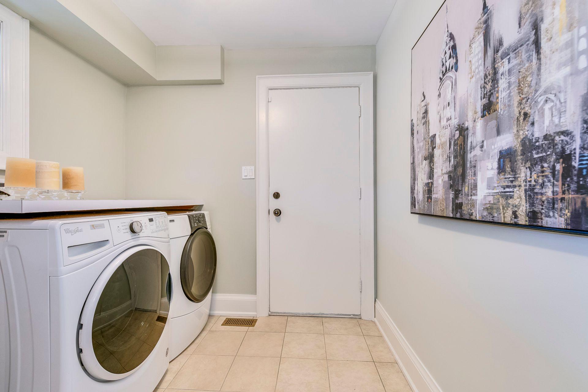 Laundry Room - 2275 Daffodil Court, Oakville - Elite3 & Team at 2275 Daffodil Court, Eastlake, Oakville