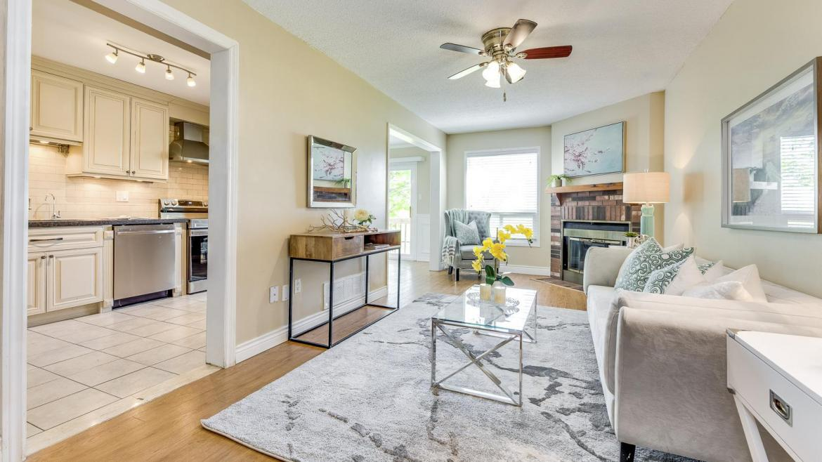 33 - 4605 Donegal Drive, Erin Mills, Mississauga