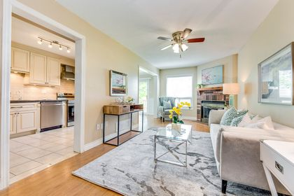 Great Room - 33 - 4605 Donegal Dr, Mississauga - Elite3 & Team at 33 - 4605 Donegal Drive, Erin Mills, Mississauga