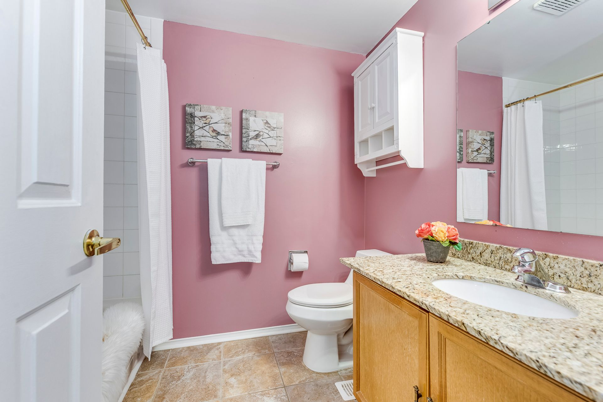 Primary Ensuite - 33 - 4605 Donegal Dr, Mississauga - Elite3 & Team at 33 - 4605 Donegal Drive, Erin Mills, Mississauga