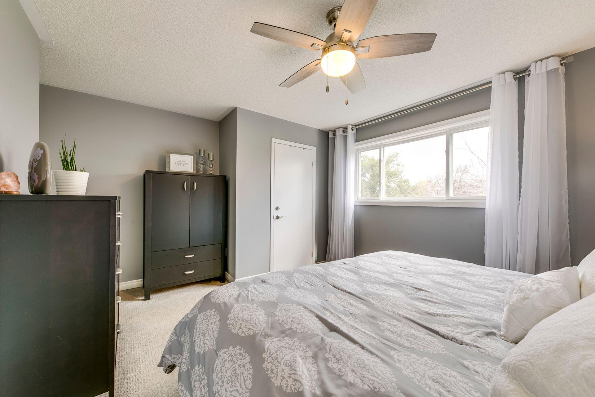 Master Bedroom - 2447 Stefi Trail, Oakville - Elite3 & Team at 2447 Stefi Trail, River Oaks, Oakville