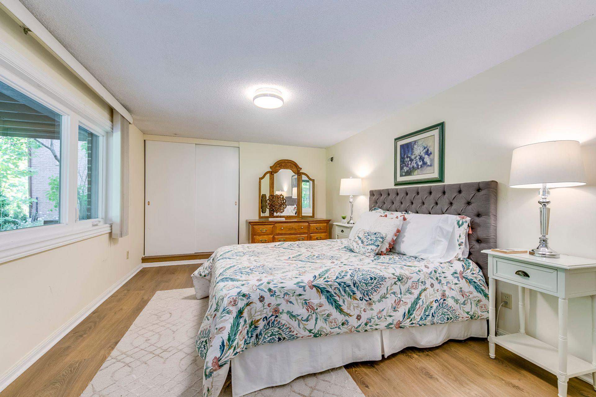 Guest Bedroom - 2421 Jarvis St, Mississauga - Elite3 & Team at 2421 Jarvis Street, Airport Corporate, Mississauga