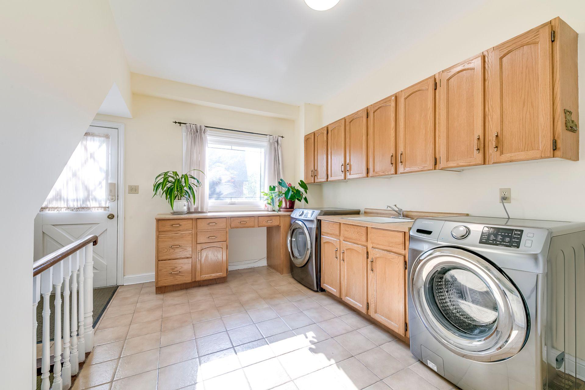 Laundry Room - 2421 Jarvis St, Mississauga - Elite3 & Team at 2421 Jarvis Street, Airport Corporate, Mississauga