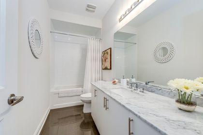 Main Bathroom - 3048 Parsonage Cres, Oakville - Elite3 & Team at 3048 Parsonage Crescent, Rural Oakville, Oakville