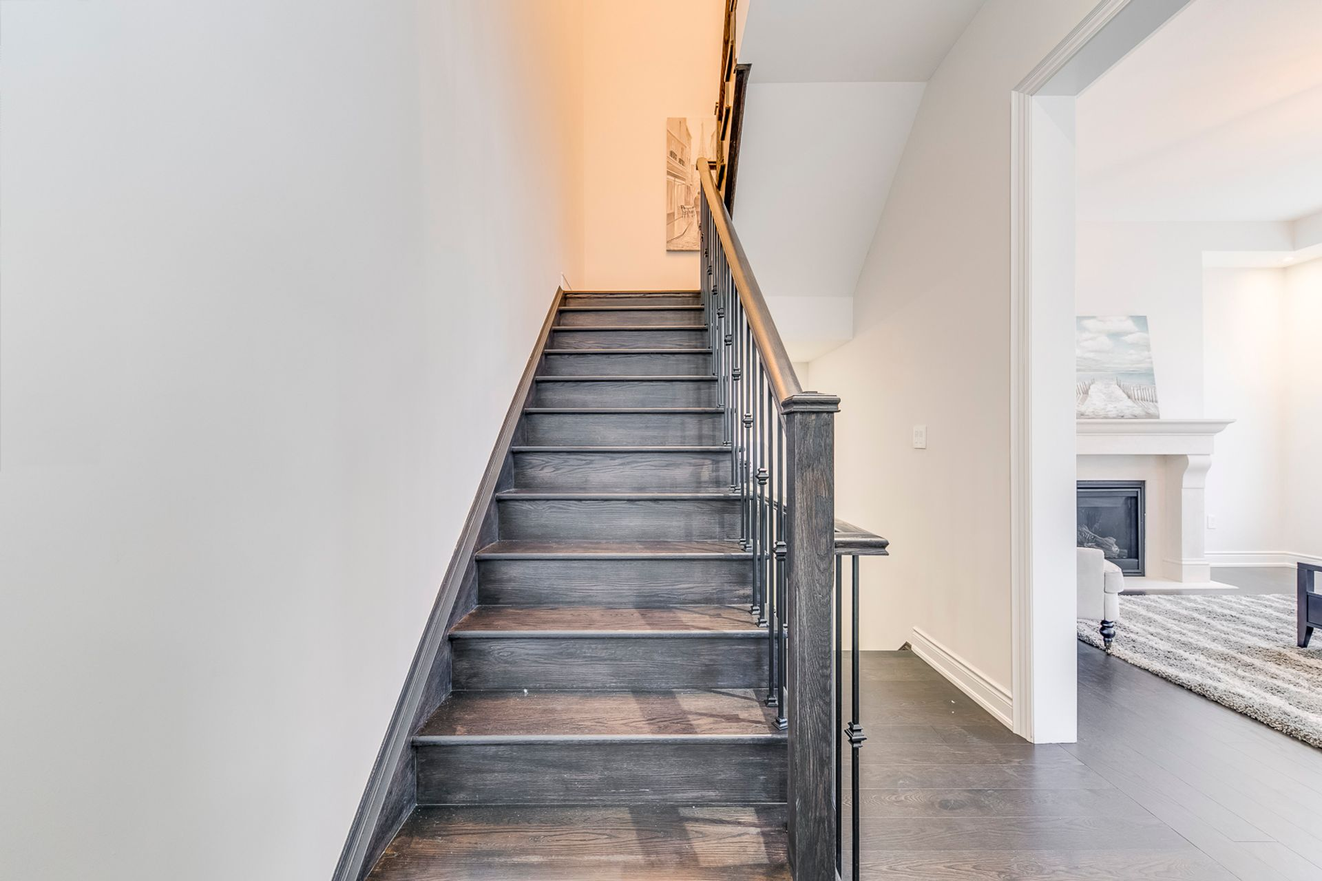 Stairs - 3048 Parsonage Cres, Oakville - Elite3 & Team at 3048 Parsonage Crescent, Rural Oakville, Oakville
