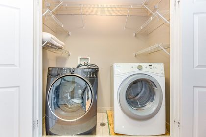Laundry - 3720 Nightstar Dr, Mississauga - Elite3 & Team at 3720 Nightstar Drive, Churchill Meadows, Mississauga