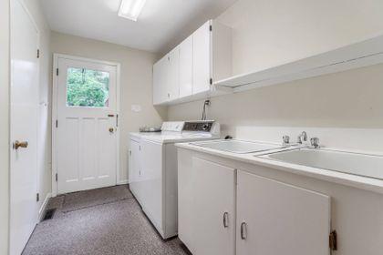 Mud Room - 169 Wedgewood Dr, Oakville - Elite3 & Team at 169 Wedgewood Drive, Eastlake, Oakville