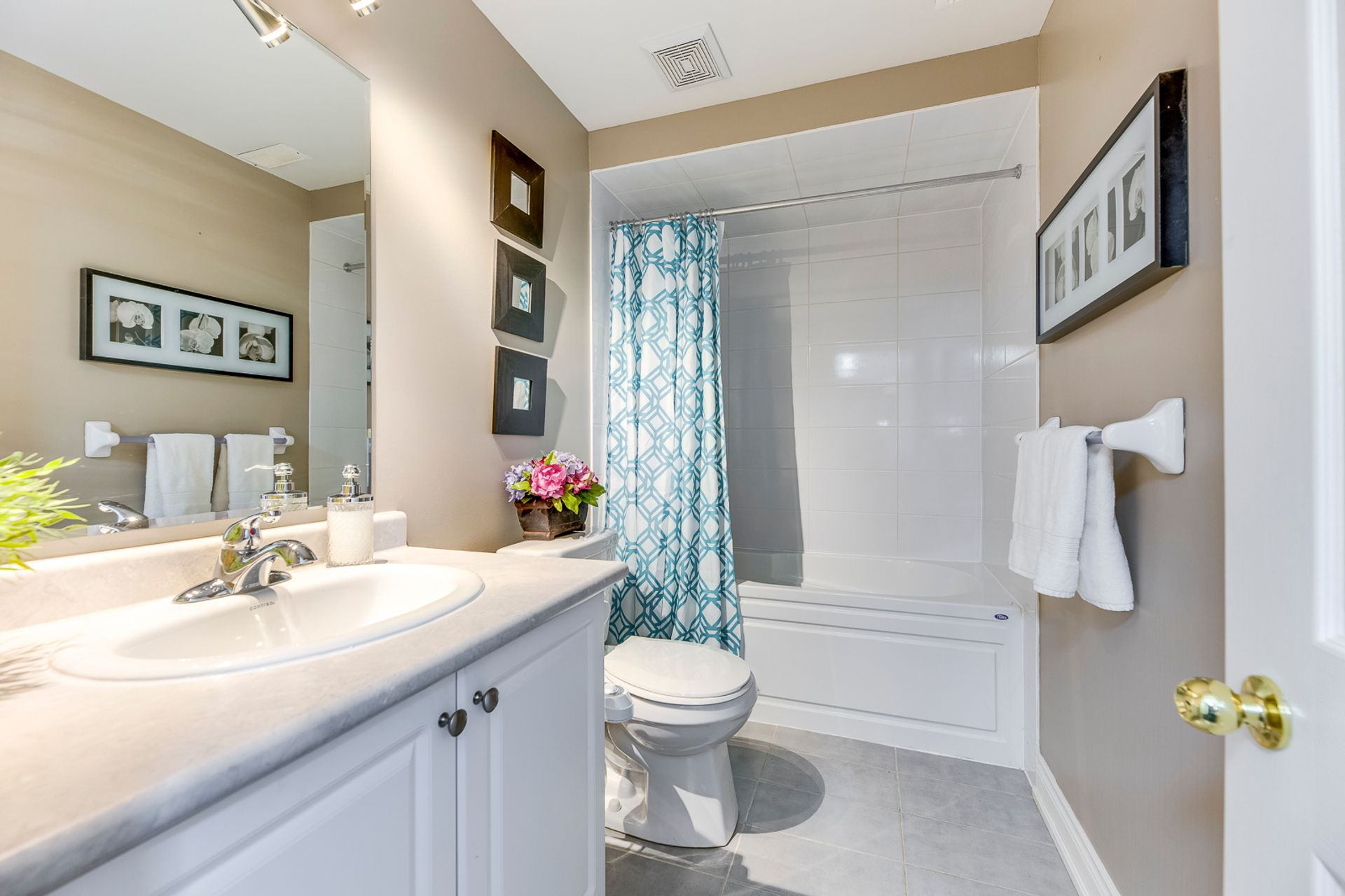 mls-63 at 5480 Meadowcrest Avenue, Churchill Meadows, Mississauga