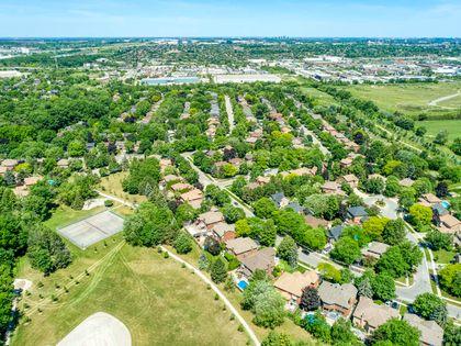 mls-14 at 2386 Deer Run Avenue, Eastlake, Oakville