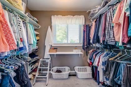 Primary Walk-In Closet - 1246 Landfair Cres, Oakville - Elite3 & Team at 1246 Landfair Crescent, Iroquois Ridge South, Oakville