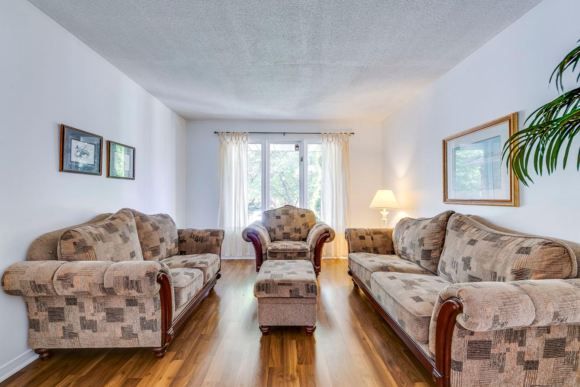Living Room- 1592 Stationmaster Lane- Elite3 & Team at 1592 Stationmaster Lane, Glen Abbey, Oakville