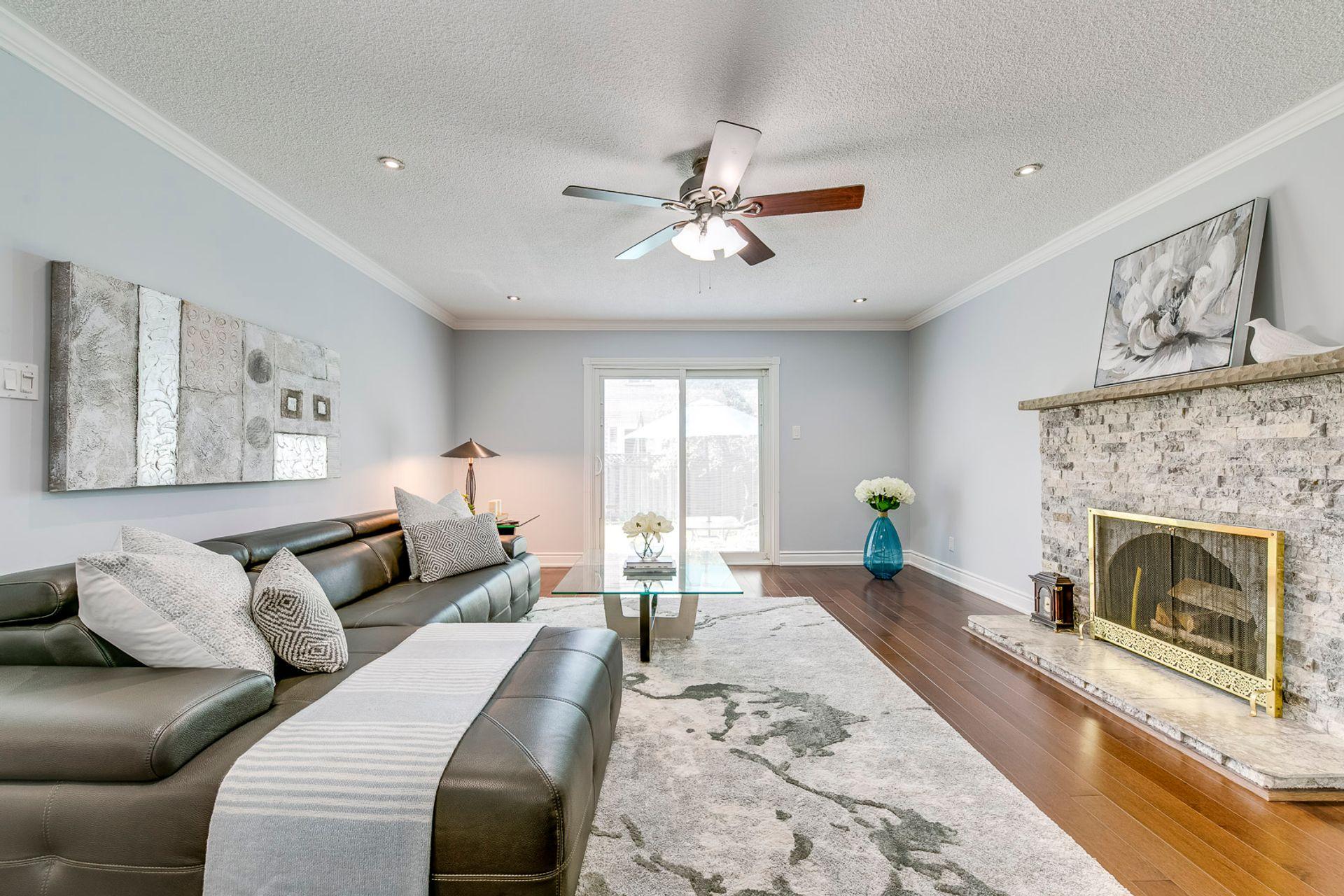 Family Room- 549 Golden Oak Drive Oakville- Elite3 & Team at 549 Golden Oak Drive, Iroquois Ridge North, Oakville