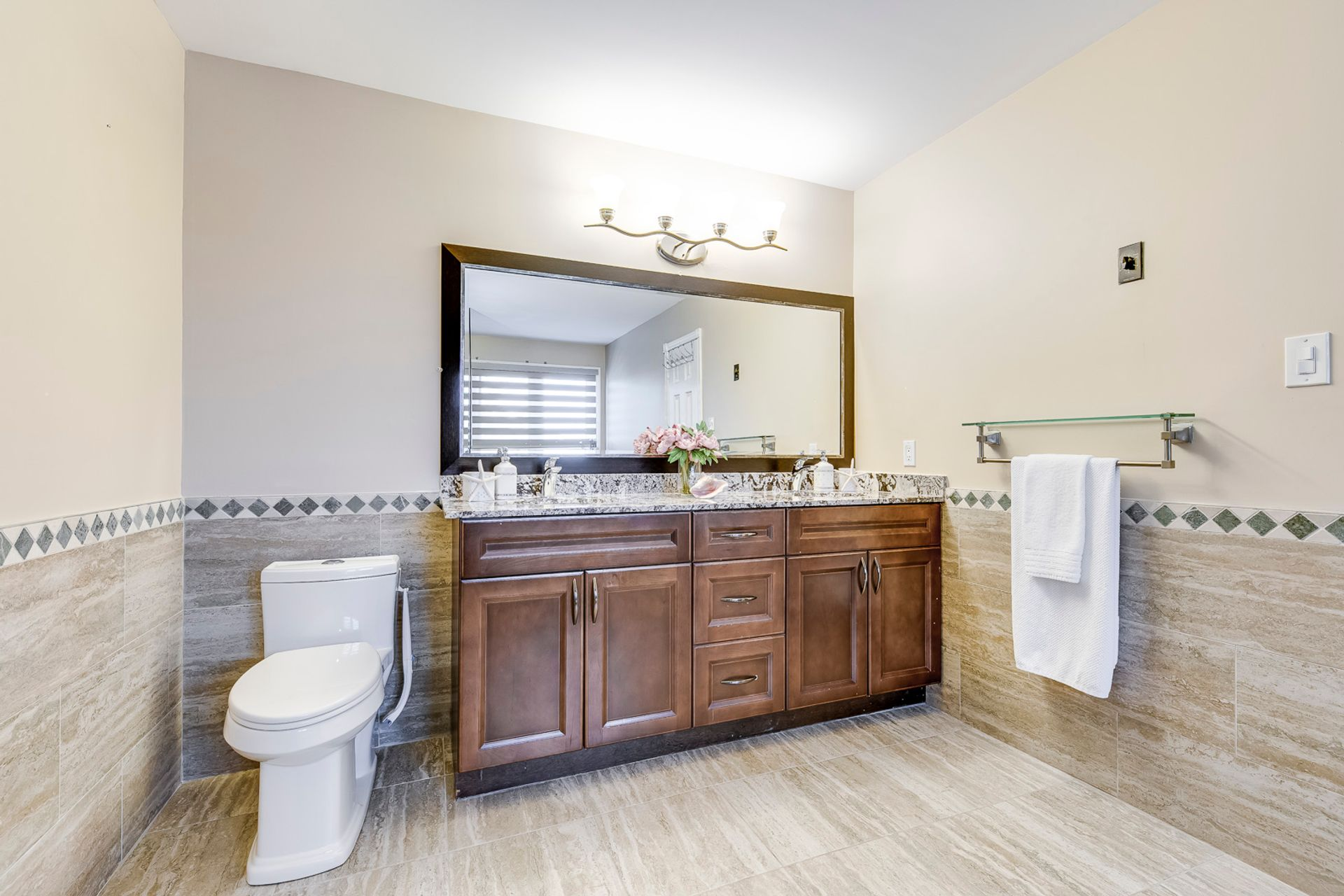 Primary Washroom- 549 Golden Oak Drive Oakville- Elite3 & Team at 549 Golden Oak Drive, Iroquois Ridge North, Oakville