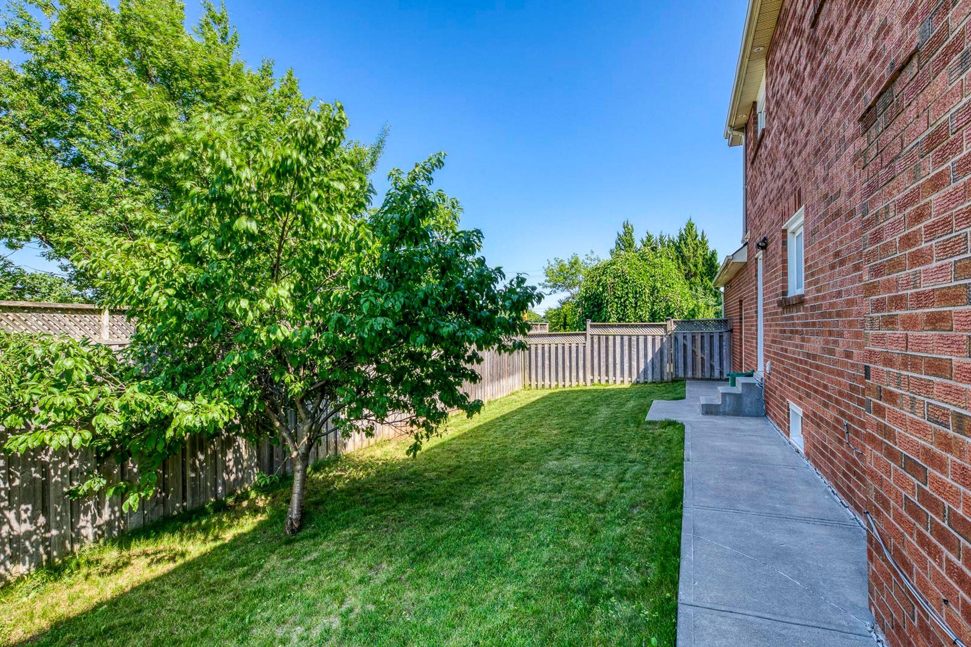 Backyard- 549 Golden Oak Drive Oakville- Elite3 & Team at 549 Golden Oak Drive, Iroquois Ridge North, Oakville