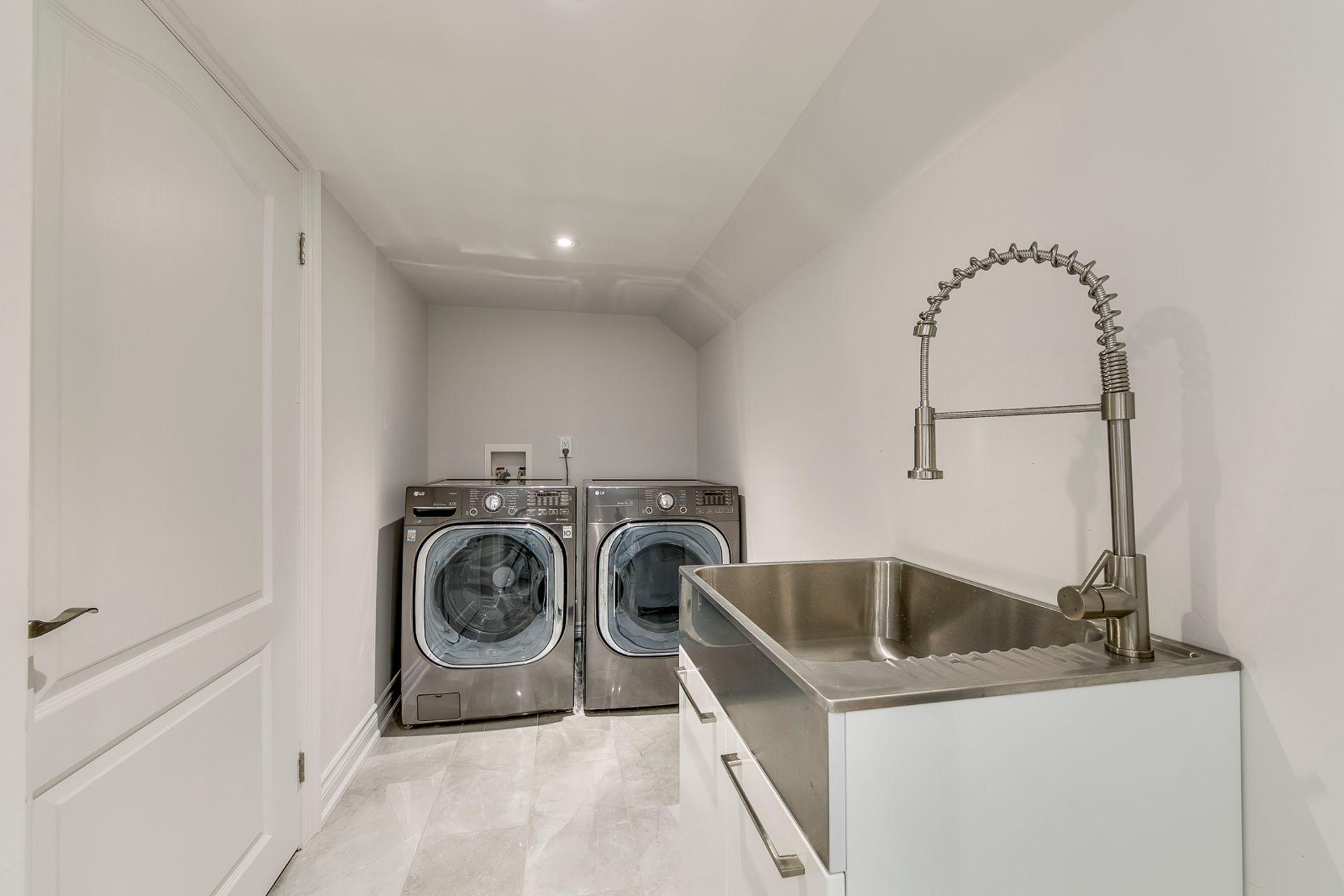 Laundry- 308 Morrison Rd.- Elite3 & Team at 308 Morrison Road, Eastlake, Oakville