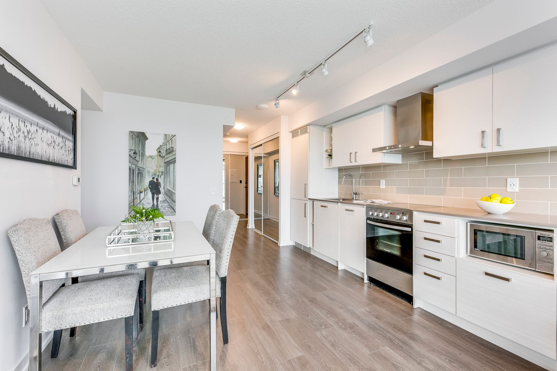 Kitchen/Dining- #3108-125 Redpath Ave. Toronto- Elite3 & Team at 3108 - 125 Redpath Avenue, Mount Pleasant East, Toronto