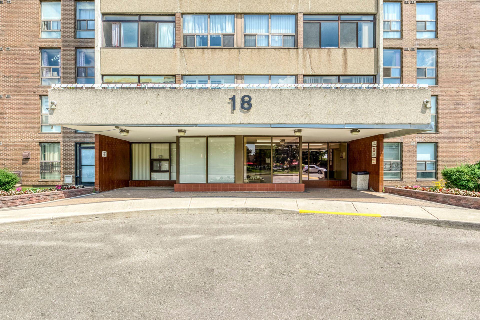 Exterior- #812- 18 Knightsbridge Rd. Brampton- Elite3 & Team at 812 - 18 Knightsbridge Road, Queen Street Corridor, Brampton