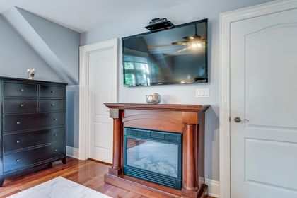 Primary Bedroom- 1531 Narva Rd. Mississauga- Elite3 & Team at 1531 Narva Road, Lorne Park, Mississauga