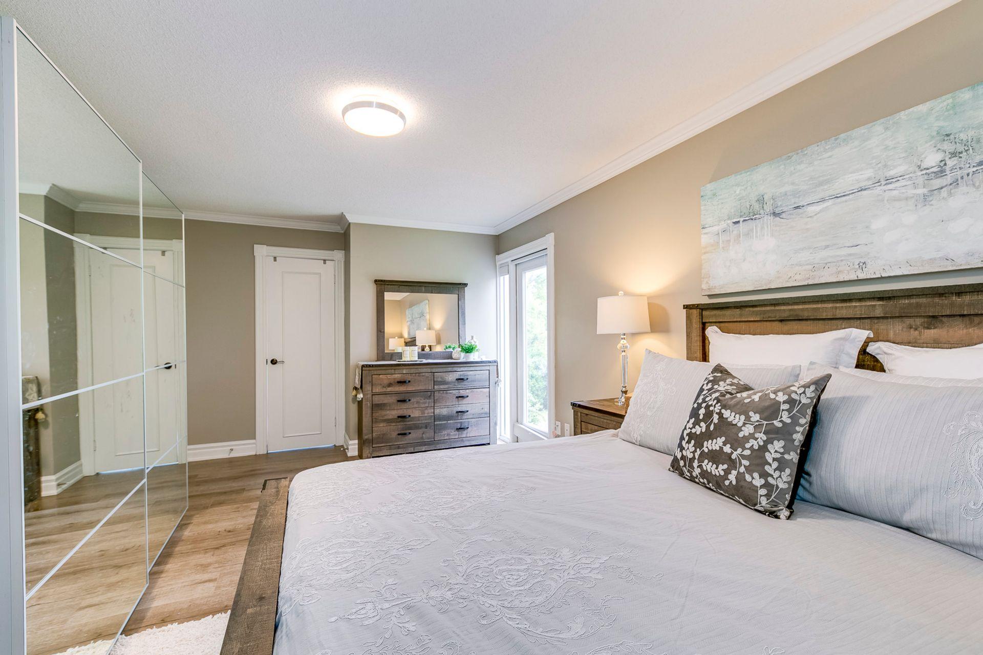 Primary Bedroom- 2185 Highriver Crt. Mississauga- Elite3 & Team at 2185 Highriver Court, Sheridan, Mississauga
