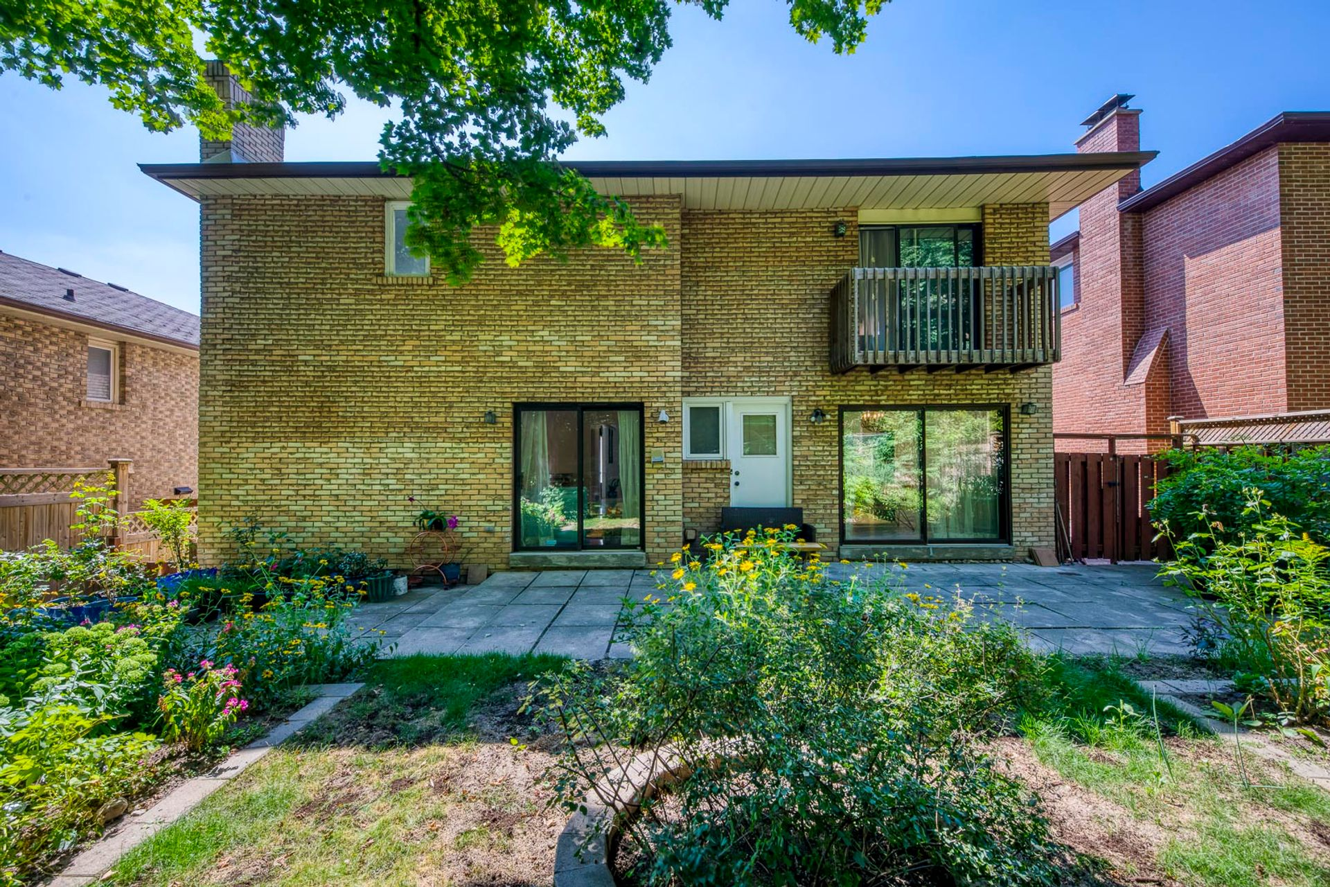 Guest Bedroom - 12 Equestrian Court, North York - Elite3 & Team at 12 Equestrian Court, Bayview Woods-Steeles, Toronto