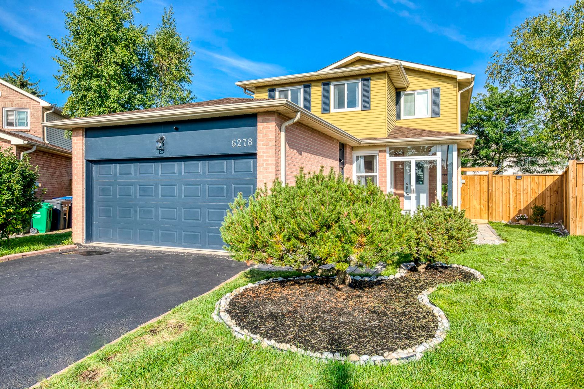 Exterior - 6278 Lavery Crt, Mississauga - Elite3 & Team at 6278 Lavery Court, Meadowvale, Mississauga