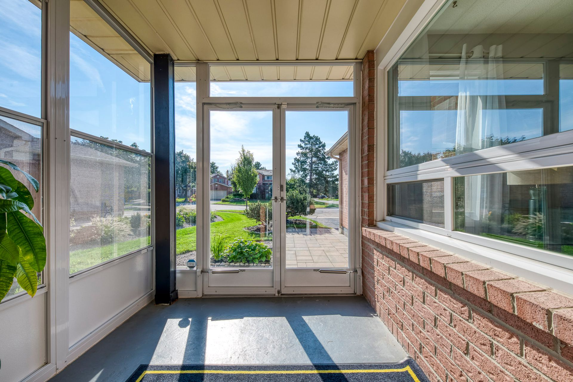 Porch - 6278 Lavery Crt, Mississauga - Elite3 & Team at 6278 Lavery Court, Meadowvale, Mississauga