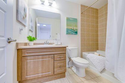 Main Bathroom - 243 Ellen Davidson Dr, Oakville - Elite3 & Team at 243 Ellen Davidson Drive, Rural Oakville, Oakville