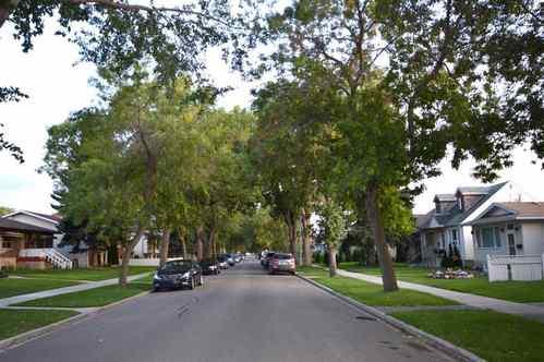12348-94-street-delton-edmonton-02 at 12348 94 Street, Delton, Edmonton