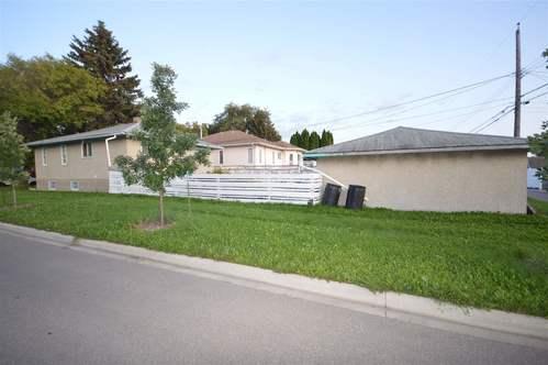 12348-94-street-delton-edmonton-17 at 12348 94 Street, Delton, Edmonton
