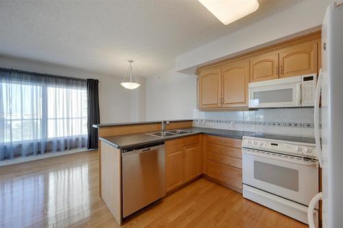 11111-82-avenue-garneau-edmonton-07 at 903 - 11111 82 Avenue, Garneau, Edmonton