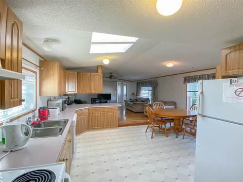 3206-lakewood-close-westview-village-edmonton-03 at 3206 Lakewood Close, Westview Village, Edmonton