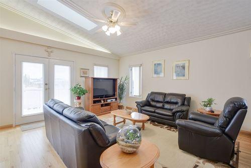 15711-77-street-mayliewan-edmonton-04 at 15711 77 Street, Mayliewan, Edmonton
