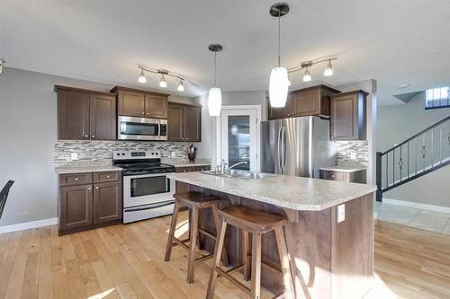 9603-83-avenue-south-glens-morinville-02 at 9603 83 Avenue, South Glens, Morinville