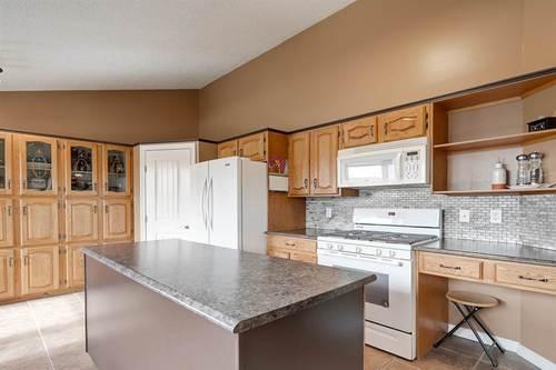 9403-168-avenue-lago-lindo-edmonton-09 at 9403 168 Avenue, Lago Lindo, Edmonton