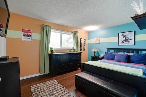 9403-168-avenue-lago-lindo-edmonton-18 at 9403 168 Avenue, Lago Lindo, Edmonton