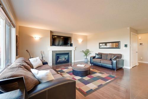 9608-85-avenue-south-glens-morinville-09 at 9608 85 Avenue, South Glens, Morinville