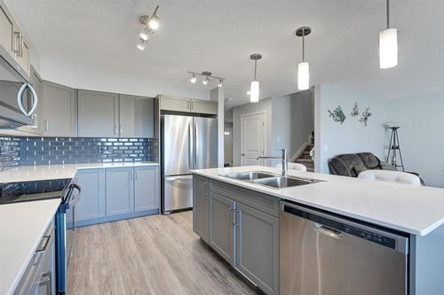 7759-174b-avenue-crystallina-nera-west-edmonton-04 at 7759 174b Avenue, Crystallina Nera West, Edmonton