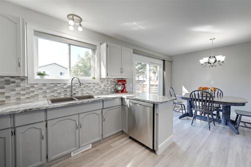 9111-177-avenue-lago-lindo-edmonton-10 at 9111 177 Avenue, Lago Lindo, Edmonton
