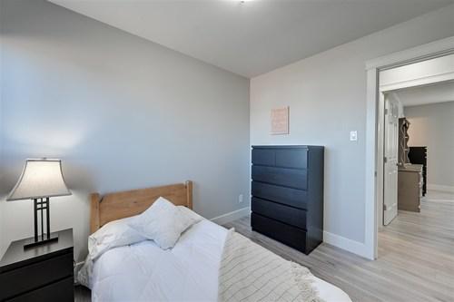 9111-177-avenue-lago-lindo-edmonton-18 at 9111 177 Avenue, Lago Lindo, Edmonton