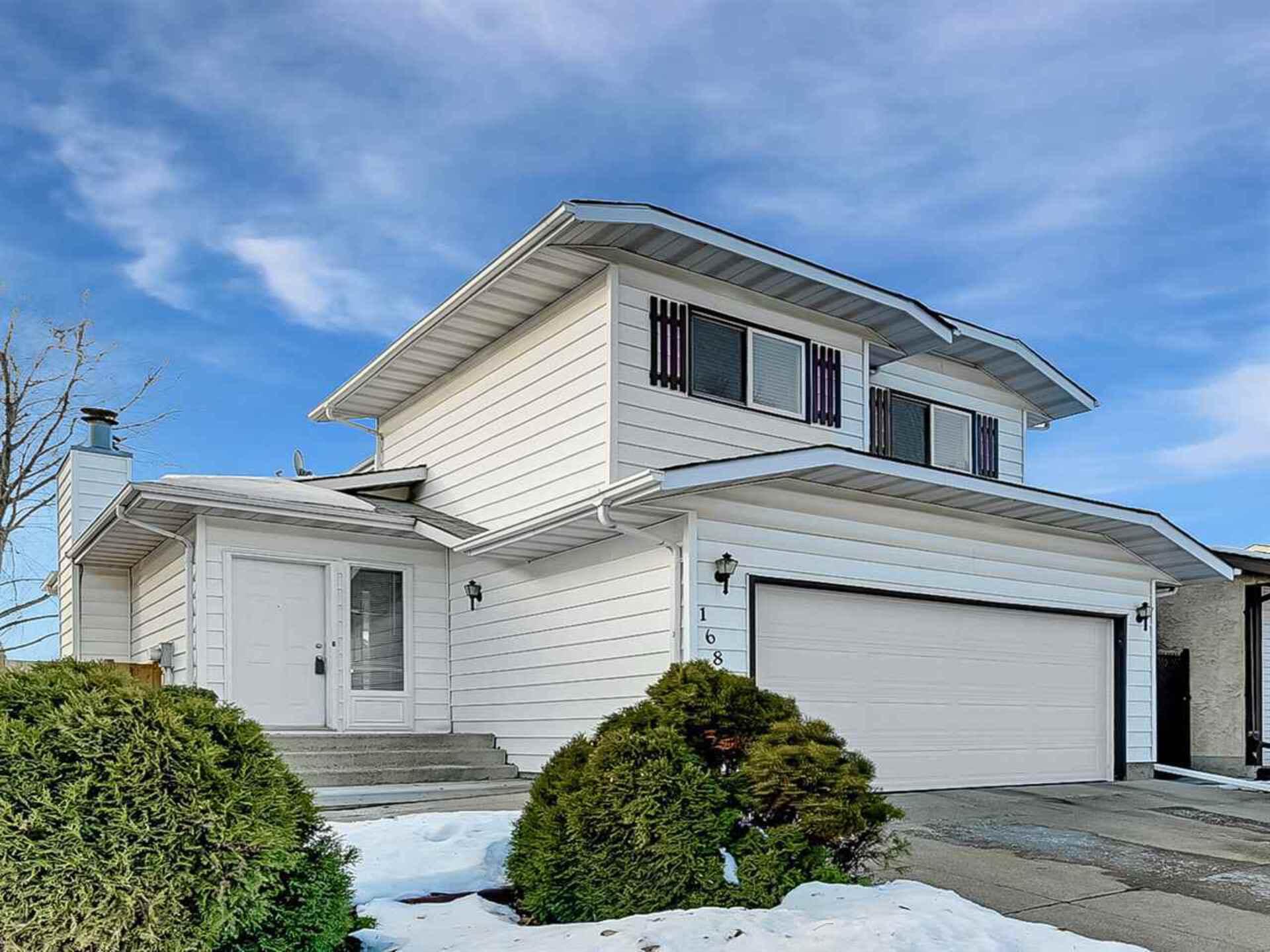 16808 95 Street, Lago Lindo, Edmonton