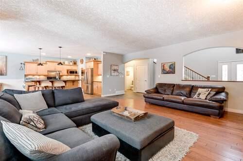 9507-84-avenue-south-glens-morinville-03 at 9507 84 Avenue, South Glens, Morinville
