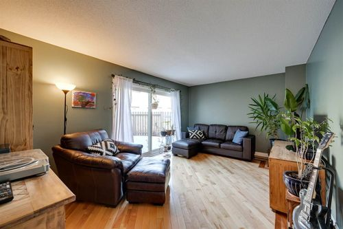 95-street-nw-lago-lindo-edmonton-02 at 17777 - 95 Street Nw, Lago Lindo, Edmonton
